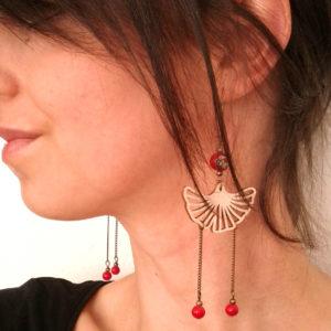 Boucles d'oreilles feuilles de ginkgo rétro inspirées des geisha. Couleur rouge