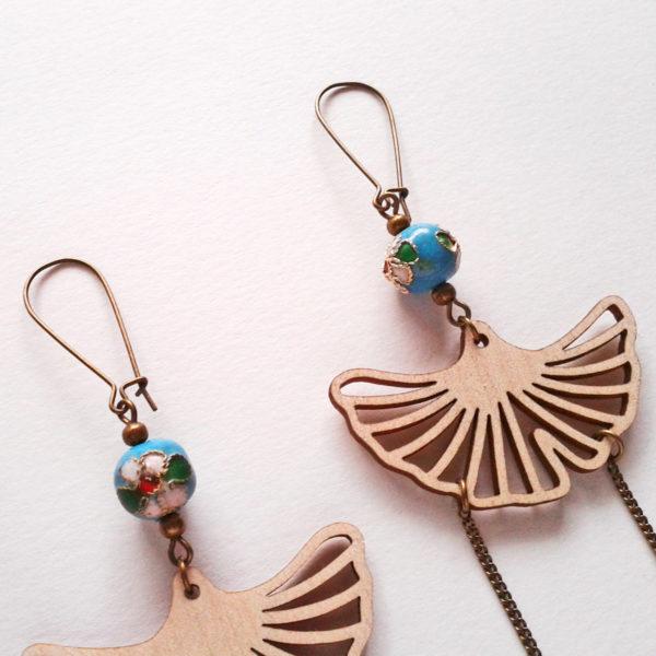 Boucles d'oreilles feuilles de ginkgo - rétro et japonisantes - bleu turquoise