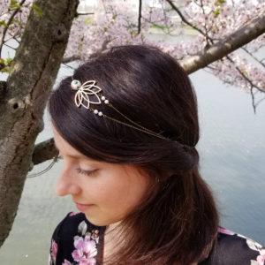 Headband mariage bronze et blanc, fleur de lotus en bois.
